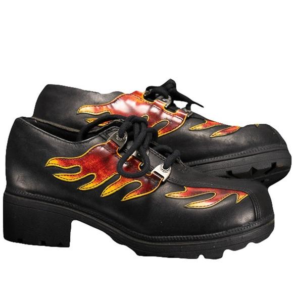 19ad39a70db Harley-Davidson Shoes - Harley-Davidson Womens Black Oxfords Sz 7.5 Flames